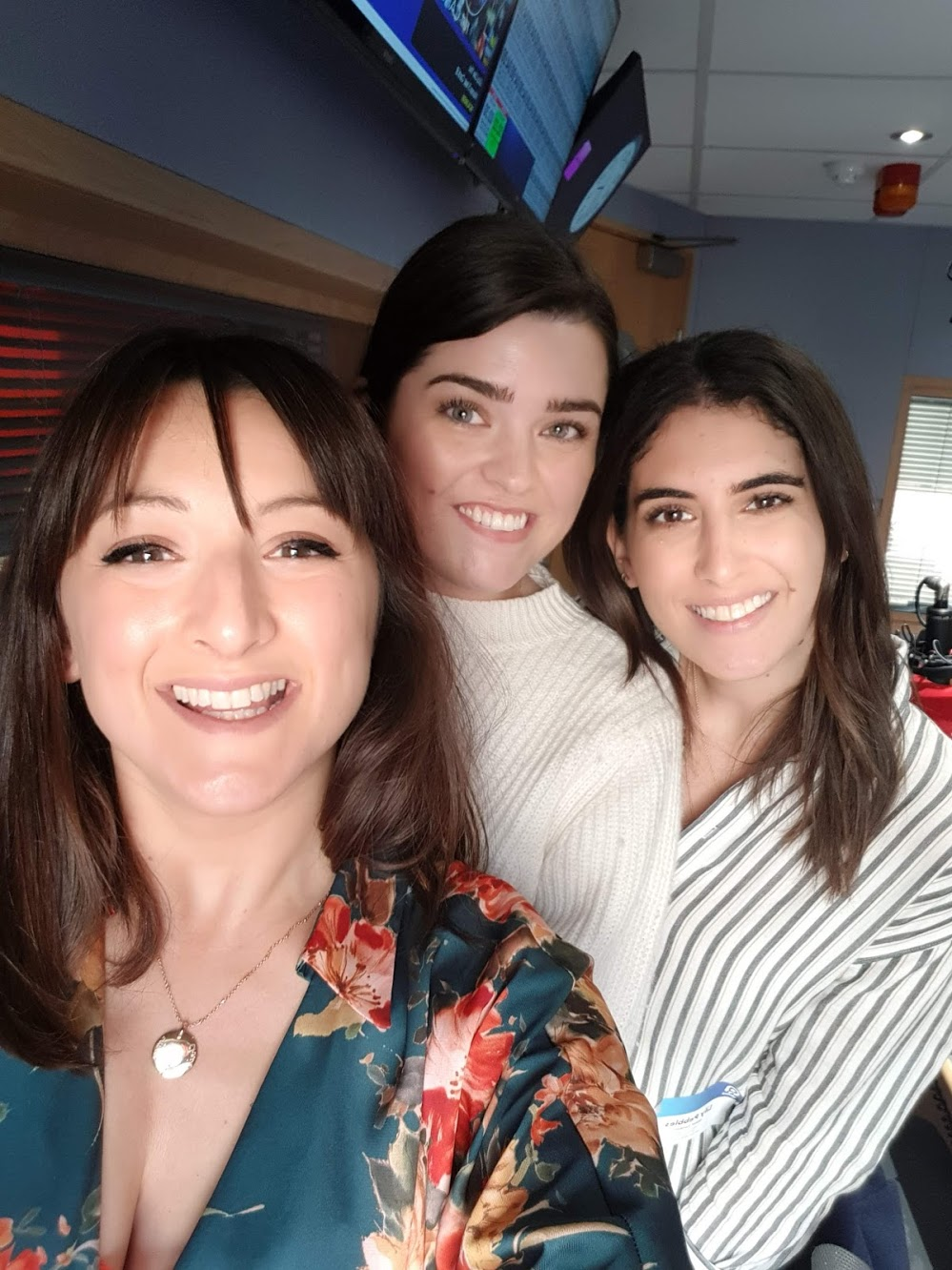 Lily Pebbles and The Anna Edit: How To Edit Your Beauty Stash