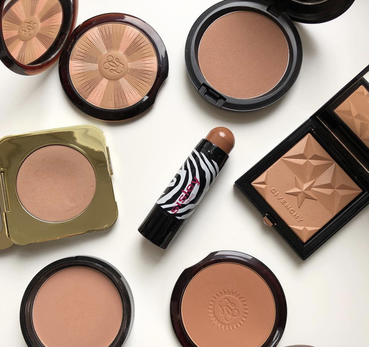 Bronzer: Ultimate Guide to Makeup with Cher Webb